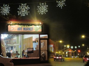Three Rivers Artists Guild Holiday Gallery at night